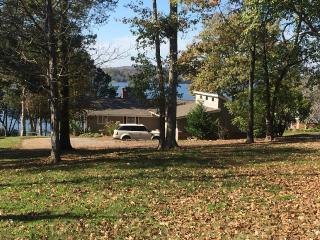 Lakefront Home With Private Dock - Nashville vacation rentals