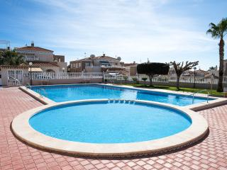 Lovely Condo with Internet Access and A/C - Torrevieja vacation rentals