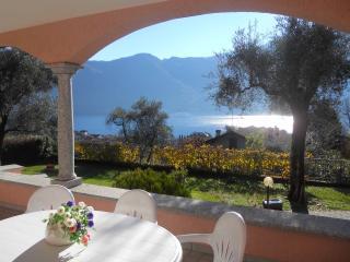 Bright 3 bedroom House in Ossuccio - Ossuccio vacation rentals