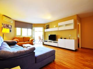 Beautiful 3 bedroom Cas Catala Apartment with Washing Machine - Cas Catala vacation rentals