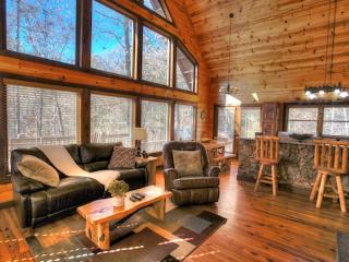 Cozy Cabin with Deck and Internet Access - Helen vacation rentals