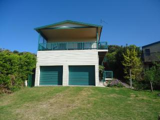 Lovely House with A/C and Fireplace - Venus Bay vacation rentals