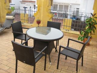 Nice Studio In Seville - Seville vacation rentals