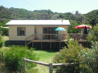 2 bedroom House with A/C in Venus Bay - Venus Bay vacation rentals