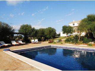 Finca de Lujo de 6 habitaciones, piscina, wifi,bbq - Son Serra de Marina vacation rentals