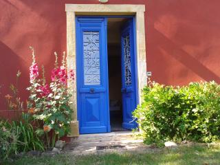 """Chambres d'hôtes """"Les Heures Claires"""" - Briennon vacation rentals"""
