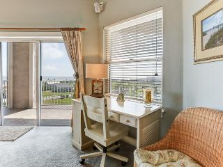 Nice Condo with Deck and Television - Fernandina Beach vacation rentals