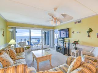 Gorgeous Condo with Internet Access and Balcony - Fernandina Beach vacation rentals