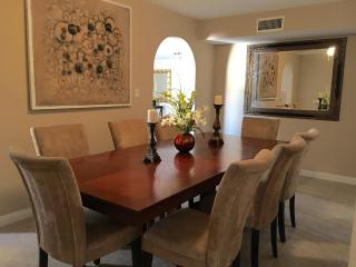 Fantastic House for 10+, 2 mi to Strip/ Convention - Las Vegas vacation rentals