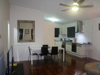 REDLAND BayBreeze - Brisbane vacation rentals