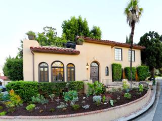 Charming 4 bedroom Hollywood Villa with Deck - Hollywood vacation rentals