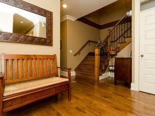 White Rock Beach Inn - Basement Family Room - White Rock vacation rentals