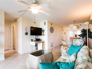 Upgraded Beach Apartment in Cocoa Beach - Cocoa Beach vacation rentals