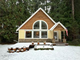 3 bedroom House with Dishwasher in Glacier - Glacier vacation rentals