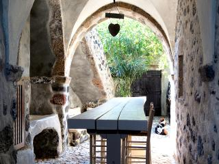 Mansion 1878 Prive - 4 Bedroom Villa/Jacuzzi - Megalochori vacation rentals