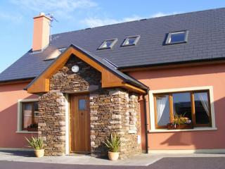 Charming 3 bedroom Vacation Rental in Castlegregory - Castlegregory vacation rentals
