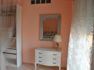 1 bedroom Condo with House Swap Allowed in Genga - Genga vacation rentals