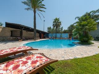 Puglia: Country Villa and private Pool, 3 bedrooms - Cannole vacation rentals