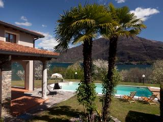 Bright 6 bedroom Cremia House with Internet Access - Cremia vacation rentals
