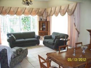 Casa en Carretera Sur, La Muela - Managua vacation rentals