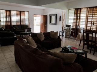 3 bedroom House with Television in Isla Verde - Isla Verde vacation rentals