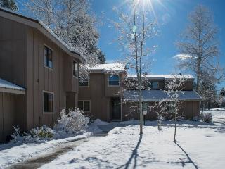 Book your Pagosa Springs vacation in this 3 bedroom,2 bath vacation condo. - Pagosa Springs vacation rentals
