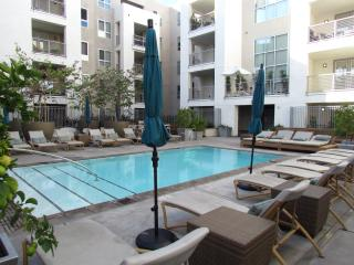 Amazing location & amenities - West Hollywood - West Hollywood vacation rentals