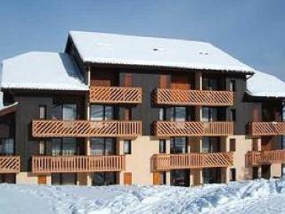 LES PLAISANCES - Montalbert vacation rentals