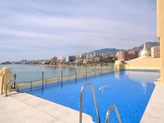 Benalmadena Marina Apt. Firstline Beach  Wifi Pool - Benalmadena vacation rentals