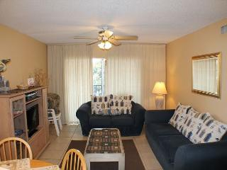 Beautifully Decorated 2 Bedroom, Pet Friendly Condo, Pool, Tennis Court - Saint Augustine vacation rentals