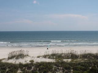 Ocean/Beach Front Condo at Four Winds, Flat Screens, WIFI, Balcony, 2 Pools - Saint Augustine vacation rentals
