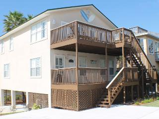 Ocean View, 4 Bedroom, Sleeps 12, Flat Screens, WIFI, Sun Deck, Pet Friendly - Saint Augustine Beach vacation rentals