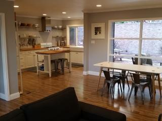Beautiful, Modern & Chic 3BD/2BA House - Oakland vacation rentals
