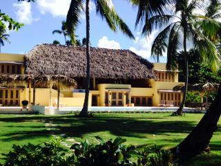 New Luxury Beachfront Villa, 7 bedrooms, 14-16 slp - Las Terrenas vacation rentals