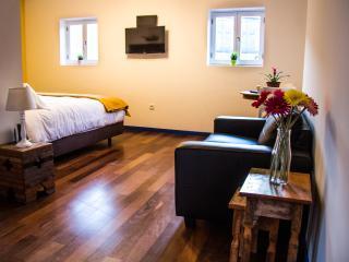 Quarto Duplo ou Twin Deluxe com banheira - Porto vacation rentals