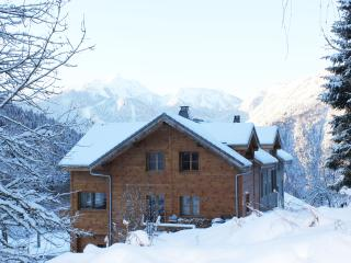L'Ecuela The Old School luxury self catered chalet - Saint Jean d'Aulps vacation rentals