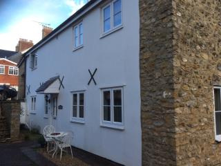 Beautiful cottage in the centre of Sherborne Dorset - Sherborne vacation rentals