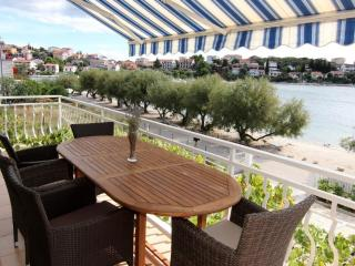 New luxury beach apartment 3 bedrooms, 3 bathrooms - Trogir vacation rentals