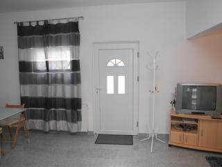 Bright 1 bedroom Vacation Rental in Bochum - Bochum vacation rentals