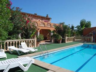 Bright 7 bedroom Selva House with Internet Access - Selva vacation rentals