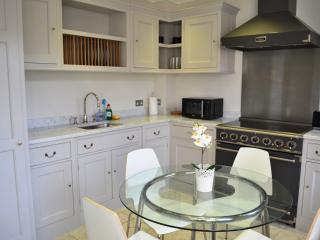 Oxford PRIME City Centre 4 Bed House Garden - Oxford vacation rentals