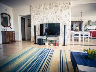 Maximus - Split vacation rentals