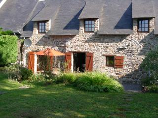 Charming Cottage near La Roche Bernard, Brittany - Nivillac vacation rentals
