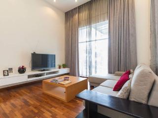 Amazing Seaview Beach Villa - Batu Ferringhi vacation rentals