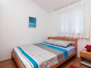 TH00018 Apartments Alen / One Bedroom A4 - Fazana vacation rentals