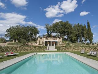 Nice Villa with Internet Access and Private Outdoor Pool - Castiglion Fibocchi vacation rentals