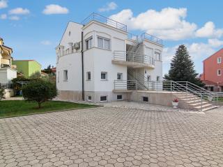 TH00188 Apartments Villa Zara / One bedroom apartment 4 - Medulin vacation rentals