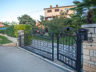 TH00203 Apartments Kristina / Studio A3 - Rovinj vacation rentals