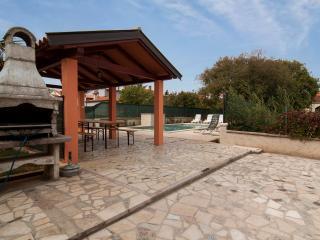 TH00314 Apartments Kenđel / One Bedroom A1 - Fazana vacation rentals