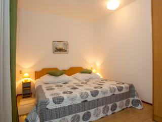 TH00327 Apartment Puh / Family Apartment - Pula vacation rentals